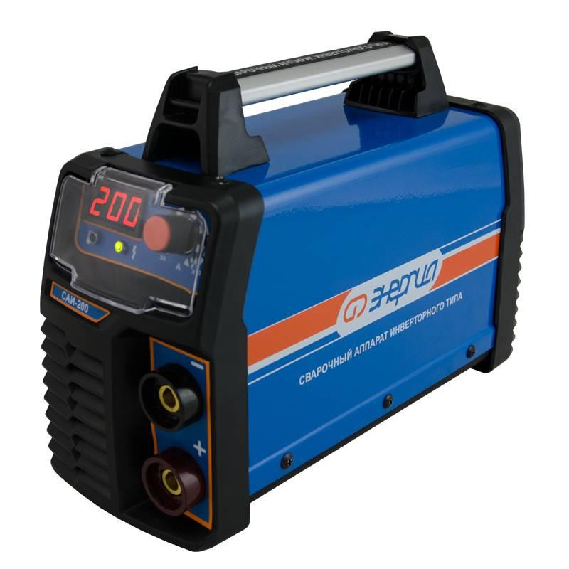 Сварочный аппарат Энергия САИ-200 (инверторный)Сварочные аппараты<br>Сварочный аппарат «Энергия САИ-200» - устройство инверторного типа, которое предназначается для ручной дуговой сварки электродами различных типов и марок диаметром 1,6–4,0 мм на постоянном токе. Данный агрегат отлично подойдет для выполнения ремонта в доме, восстановления автомобиля и других операций.<br><br>Cтрана производства: Россия<br>Гарантия: 12 месяцев<br>Тип сварки: Ручная дуговая сварка постоянным током<br>Диапазон сварочного тока (А): 30-200<br>Максимальный сварочный ток (А): 200<br>Напряжение холостого хода (В): 68<br>Напряжение питающей сети (В): 176-264<br>Мин. рабочее напряжение питания (В): 176<br>Максимальная потребляемая мощность (кВт): 5,7<br>КПД (%) / Коэффициент мощности (cos &amp;#966;): 85 / 0.93<br>Продолжительность нагрузки (ПН, %): 60<br>Номинальное сварочное напряжение (В): 27,6<br>Класс изоляции / защиты: F / IP21S<br>Наличие дисплея: Цифровой<br>Облегченный поджиг: Да<br>Встроенная стабилизация дуги: Да<br>Диаметр используемых электродов (мм): 1,6-4,0<br>Возможность подключения аргоно-дуговой сварки: Нет<br>Функция Arc-force (%): Да<br>Функция Hot-Start (%): Да<br>Режим Anti-Sticking: Да<br>Режим ТIG сварки: Нет<br>Комплект сварочных кабелей: Да<br>Кабель-зажим минус (см): 170<br>Кабель-держатель плюс (см): 185<br>Сетевой кабель (см): 150<br>Маска сварщика: Да<br>Щетка-молоток: Да<br>Области применения: MMA<br>Габаритные размеры (мм): 340х125х240<br>Вес (кг): 5,5<br>Вес брутто (кг): 6<br>brutto-demissions: 130х340х250<br>brutto-weight: 6500