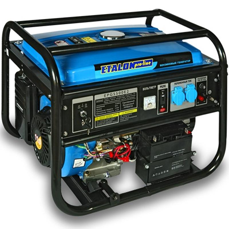 Бензогенератор ETALON EPG 5500Генераторы<br>Бензогенератор ETALON EPG 5500<br><br>Мощность (кВт): 4.2<br>Частота (Гц): 50<br>Тип: Бензиновый<br>Тип запуска: Ручной стартер<br>Рабочий объем двигателя (см3): 337<br>Максимальная мощность двигателя (л.с.): 11<br>Номинальная мощность (кВт): 4<br>Максимальная мощность (кВт): 4.5<br>Топливо: Бензин АИ-92<br>Объем топливного бака (л): 25<br>Время работы на полном баке (ч): 10<br>Уровень шума (дБ): 74<br>Габаритные размеры (мм): 695х525х545<br>Вес (кг): 61<br>Вес брутто (кг): 63<br>brutto-weight: 63000