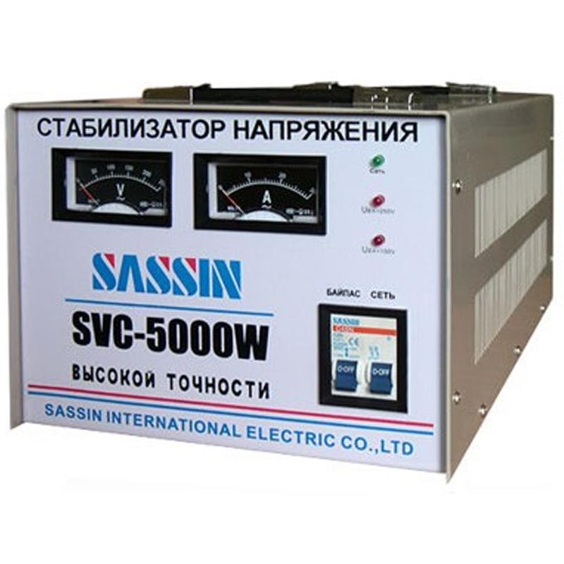 Однофазный стабилизатор напряжения SASSIN SVC-5000 (5 кВА)Стабилизаторы напряжения<br>Однофазный стабилизатор напряжения SASSIN SVC-5000  5 кВт<br><br>Применение: Для дачи<br>Тип напряжения: Однофазный<br>Принцип стабилизации: Сервоприводный<br>Мощность (кВА): 5<br>Способ установки: Напольный<br>Индикация: Выходное напряжение<br>Габаритные размеры (мм): 468х243х187<br>Вес (кг): 22<br>brutto-weight: 25300